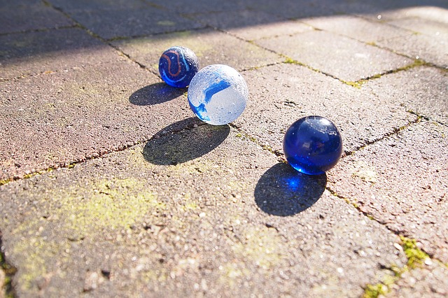 marbles-1252606_640