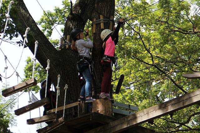 climb-427277_640.jpg